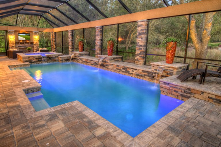 Pool Cleaning Service in Simi