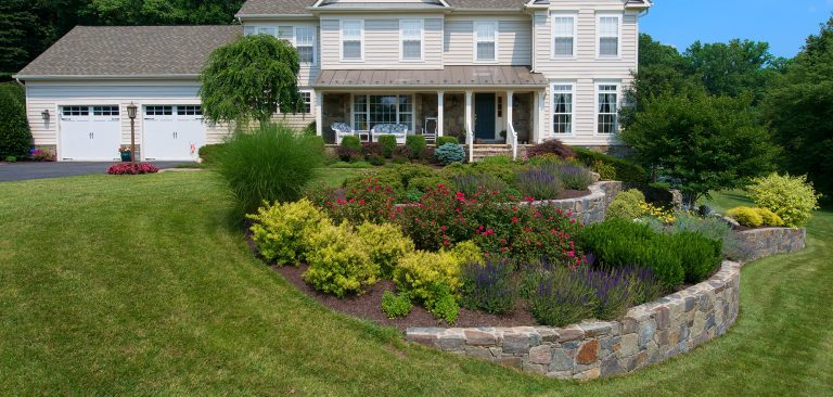 Checklist To Hire The Right Landscaping Company